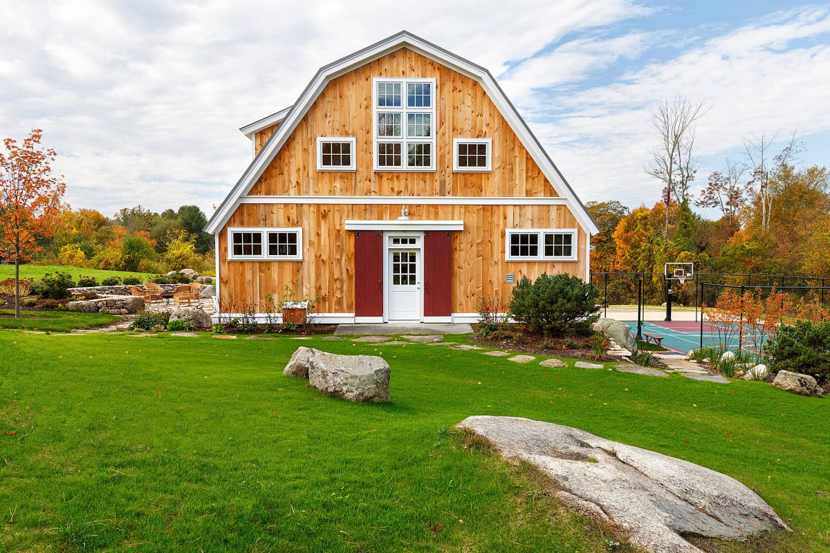 Barn homes have a casual, easygoing vibe.