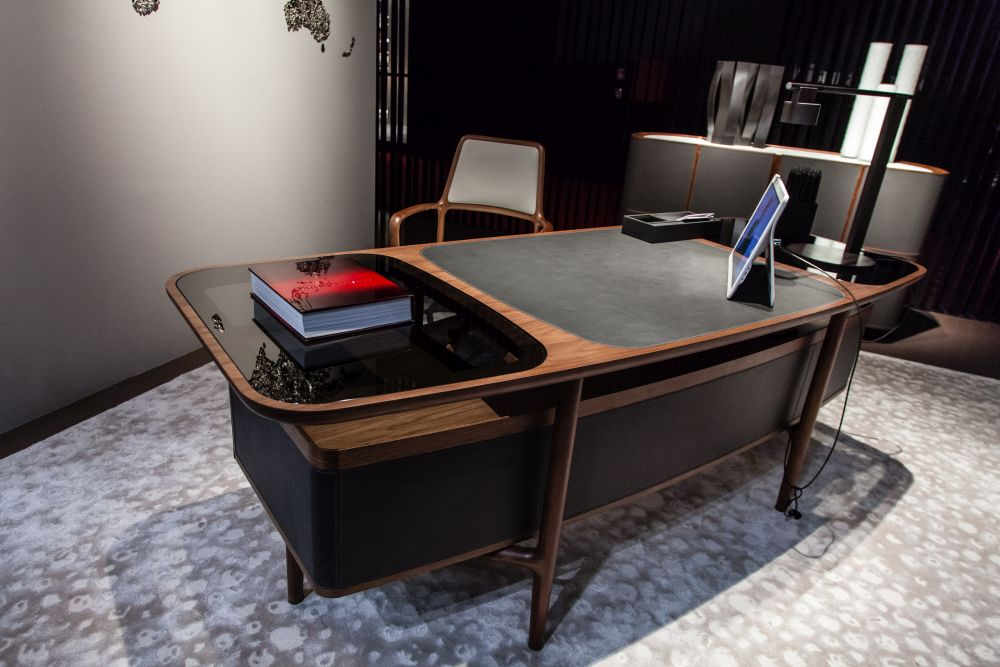 A stylish desk can make work more pleasant.
