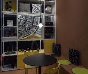 Brilliant Styling Ideas For Modern Bookshelves