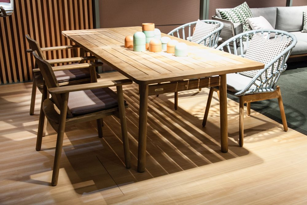 Wood in general is a material that can make any space look and feel inviting, warm and homely