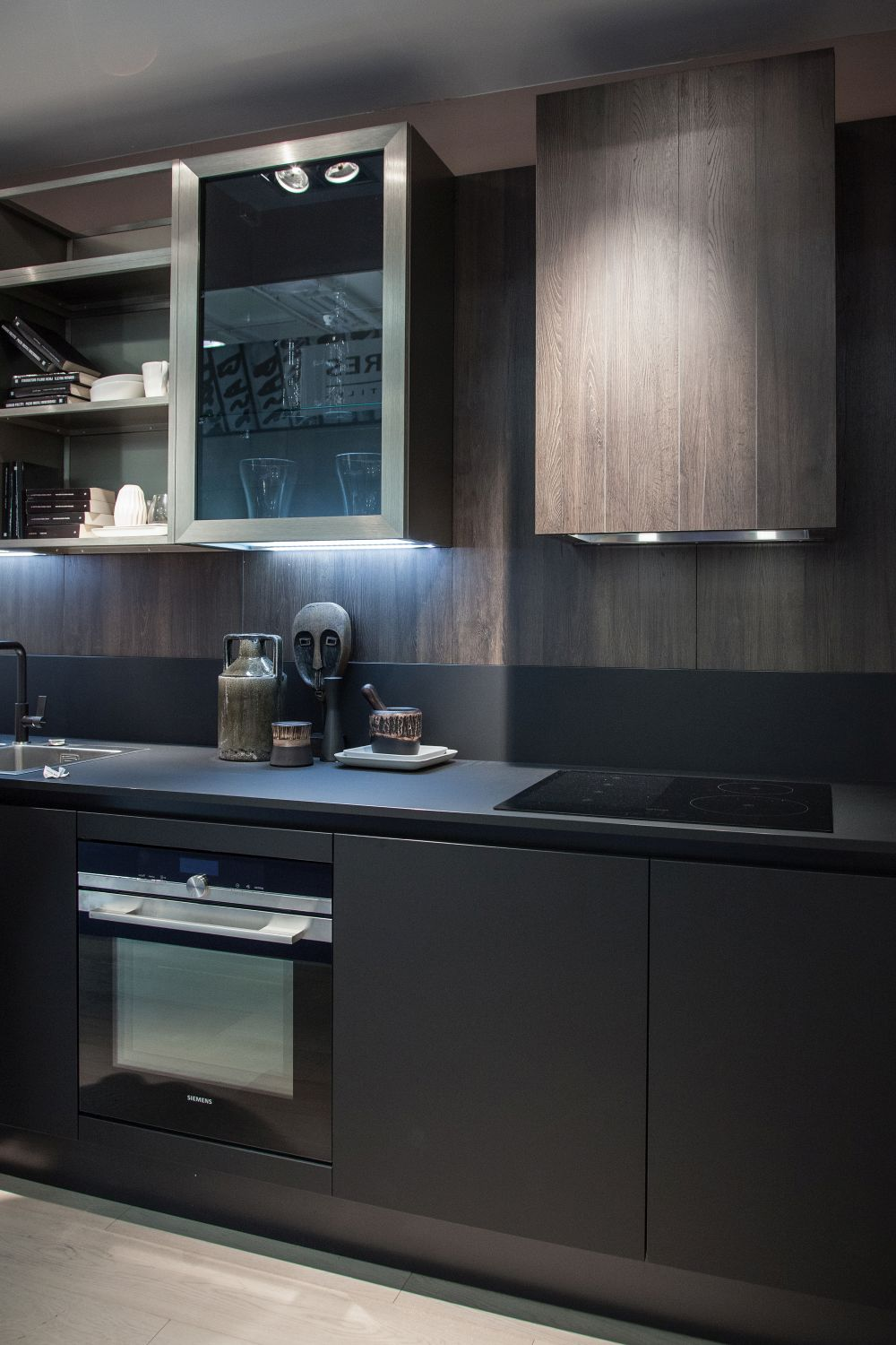 How Black Kitchen Cabinets Can Change A Space For The Better