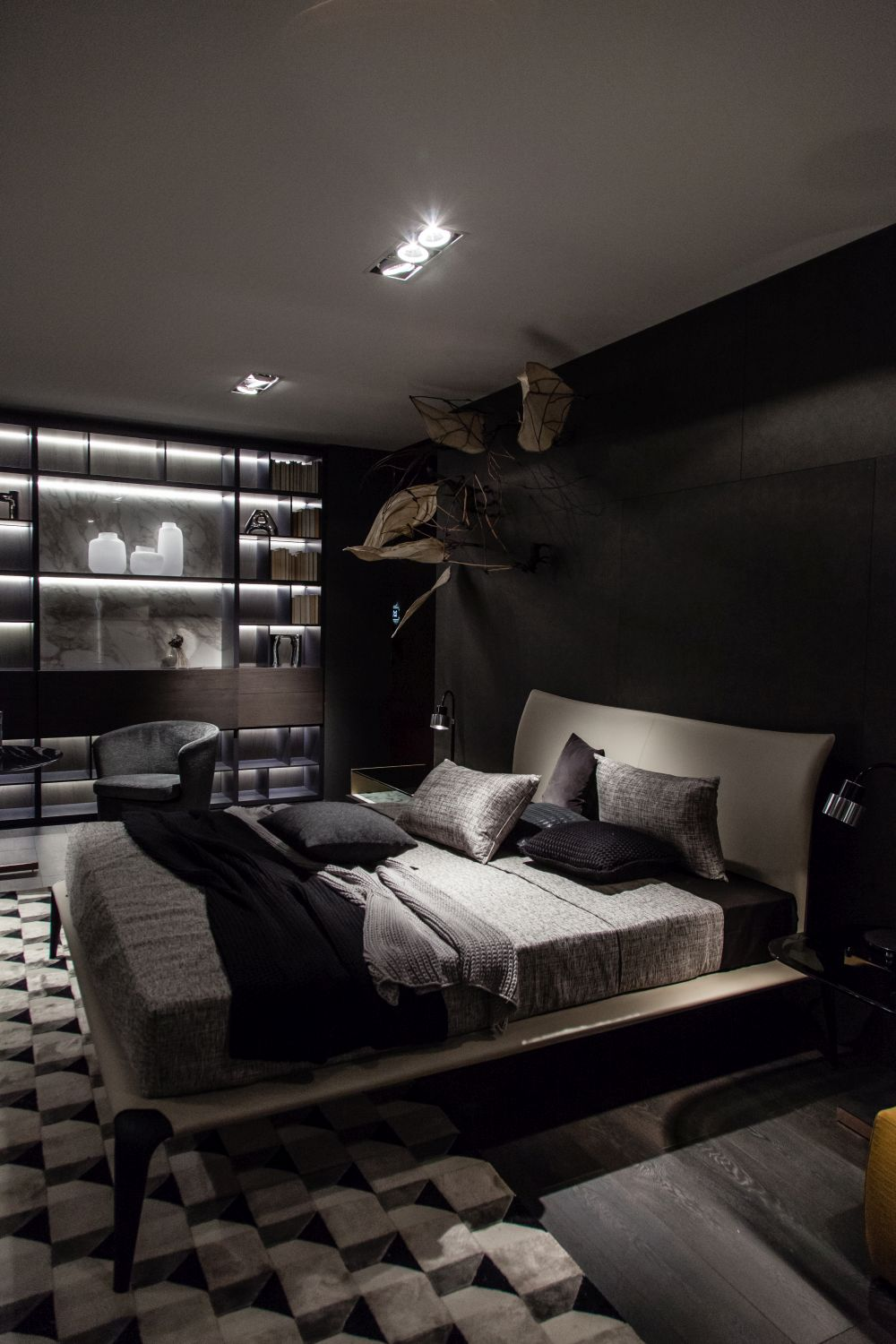 Design the Perfect Personal Retreat With These Master Bedroom Decor Tips