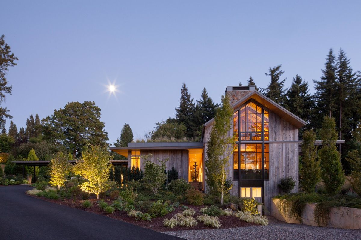 Beautiful Portland Barn House Design Melds with Extensive ...