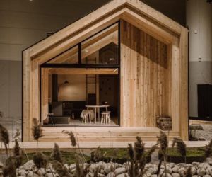 Customized Pre-Fab Cabins are So Cozy You'll Want to Go into The Woods