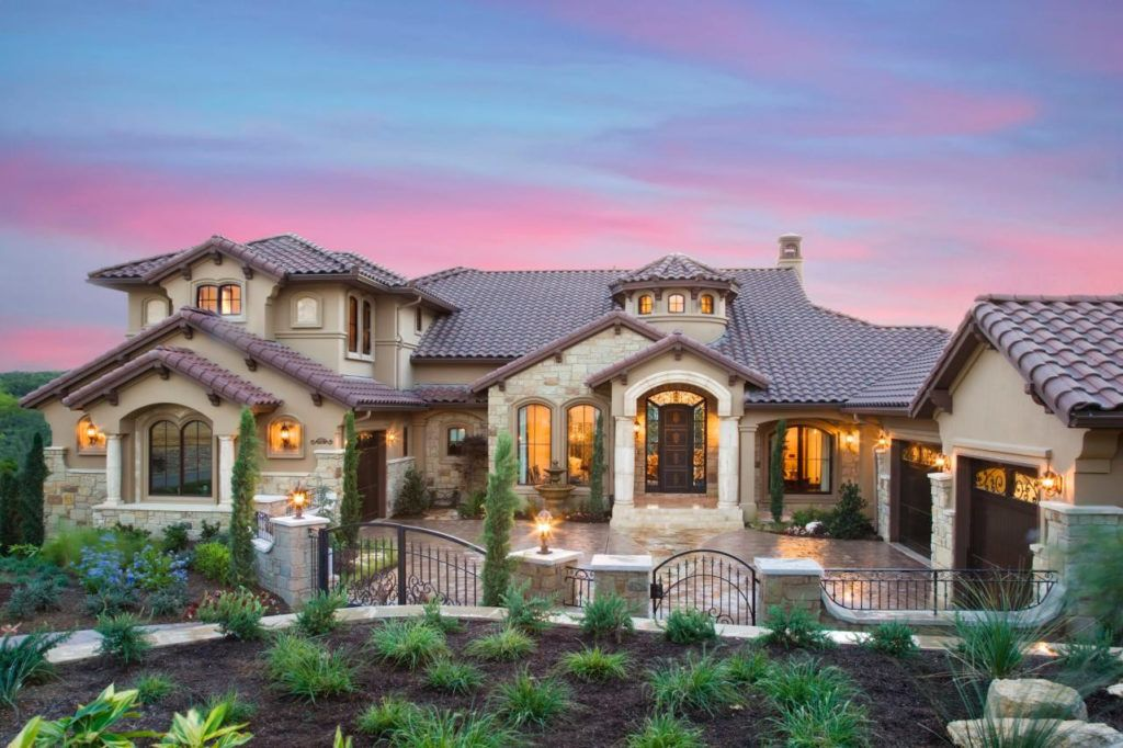 Tuscan homes have low-key luxury as a focus.