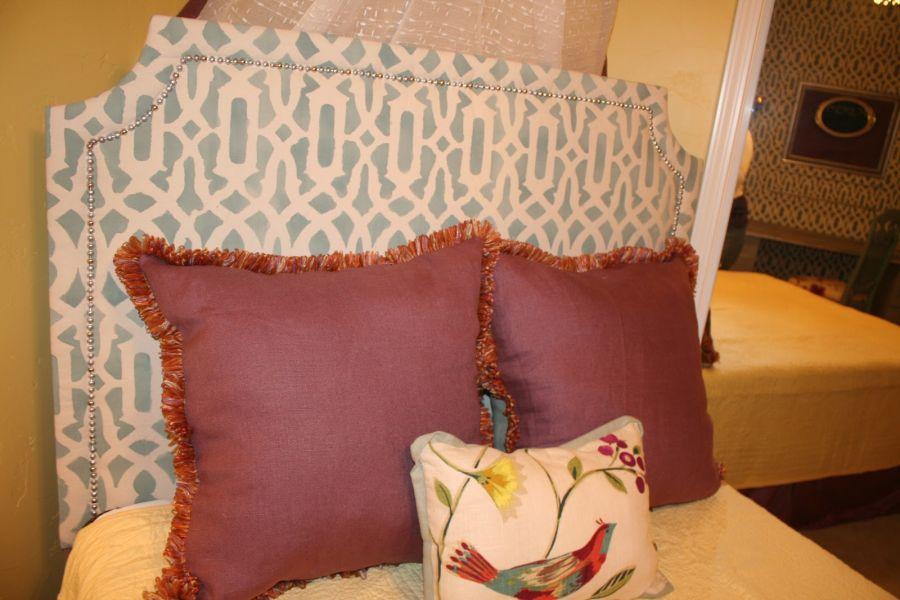 Cabecero tapizado con tela estampada