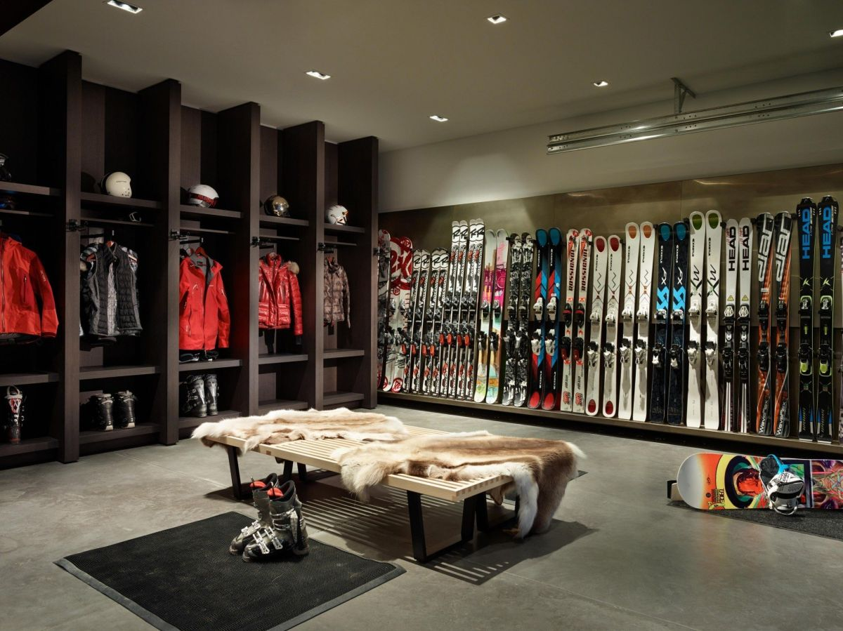 The ski room has everything the family needs.