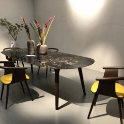 Yellow accent dining chair seat