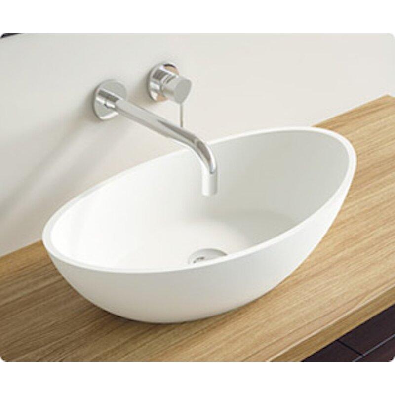 An oval sink for any bathroom