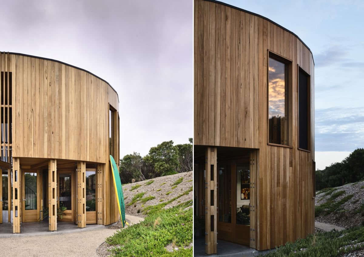 The house has a very small footprint which allows it to fit nicely among the rugged dunes