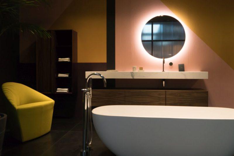 20 Different Ways To Reinvent Your Bathroom Decor