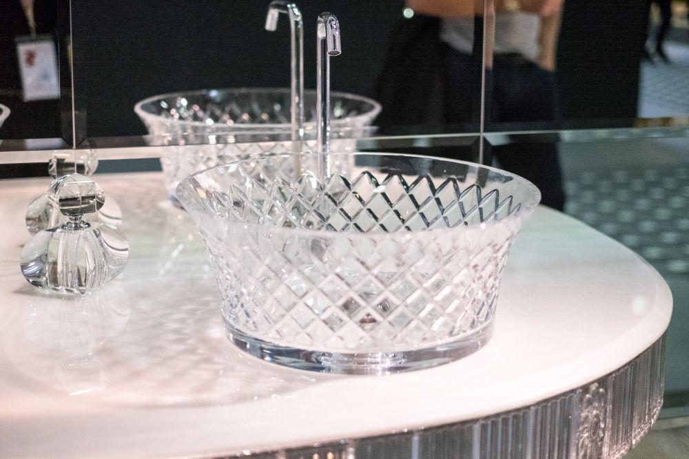 Bianchinicapponi crystal vanity vesel