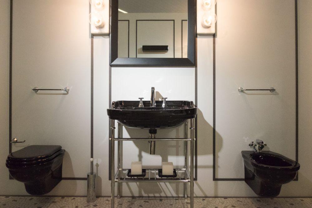 Efi Flaminia bathroom collection in black
