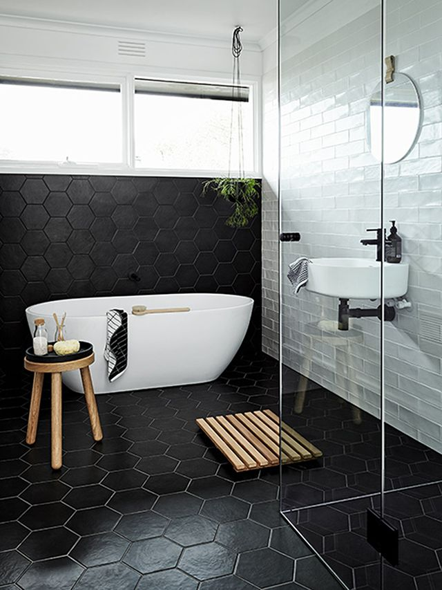 Black And White Bathroom Designs That