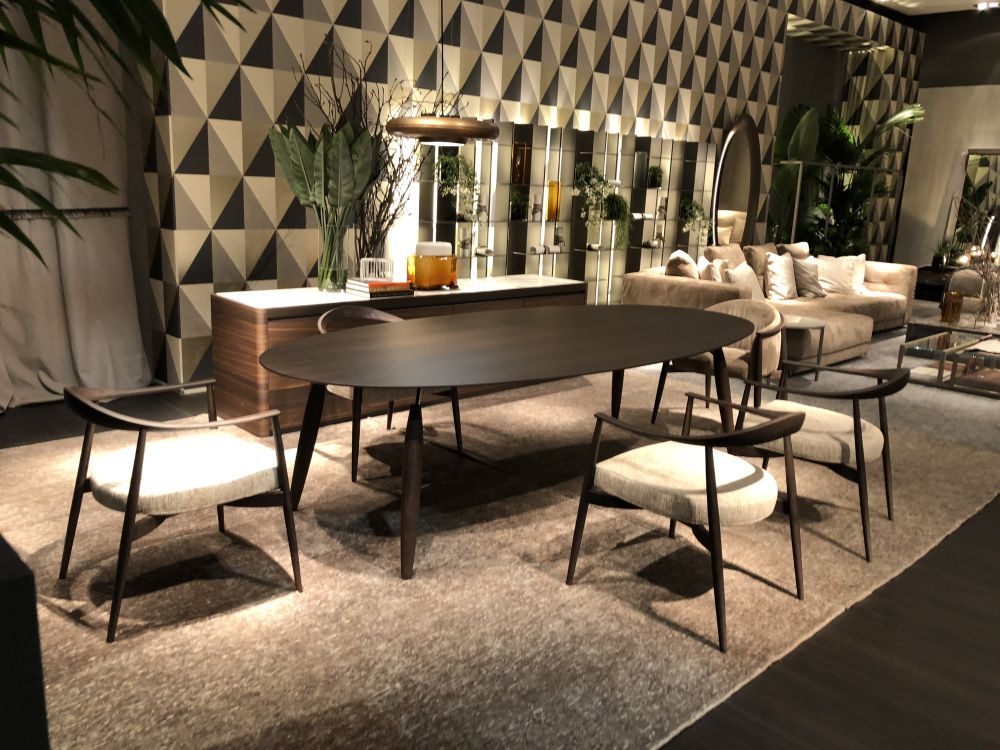 Select the size and shape of the table based on the room and the ambiance you want to create