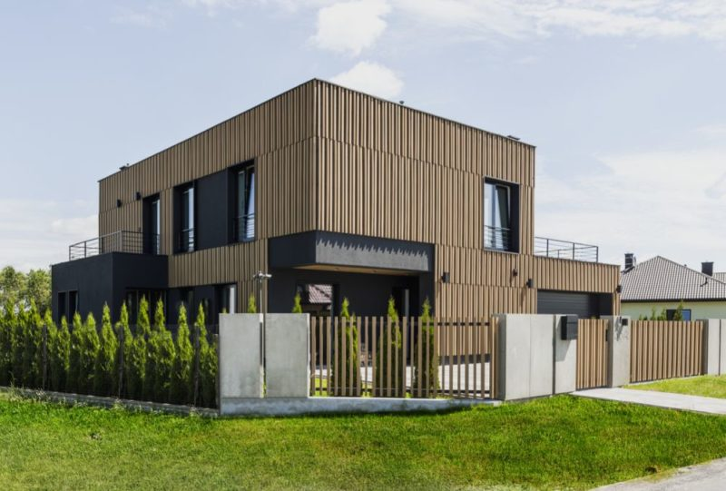 Modern Family Home Perfectly Tailored To Its owners' Needs