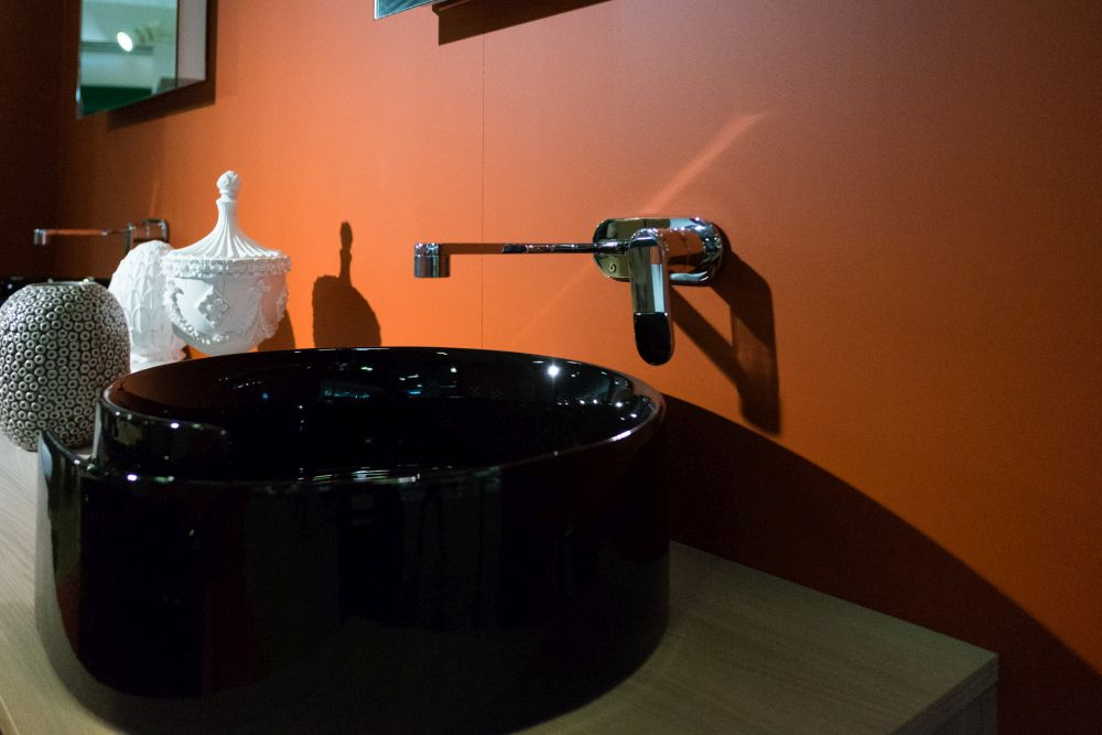 Roll Flaminia Black Wash Basin