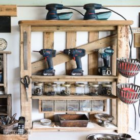 Simple garage tools storage from pallets