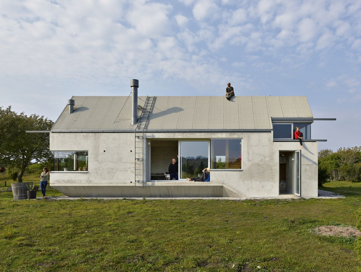 Small Concrete House Opens Up To The Swedish Landscape