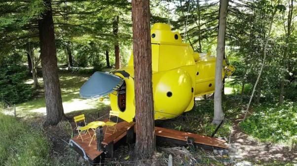 yellow submarine tiny house exterior
