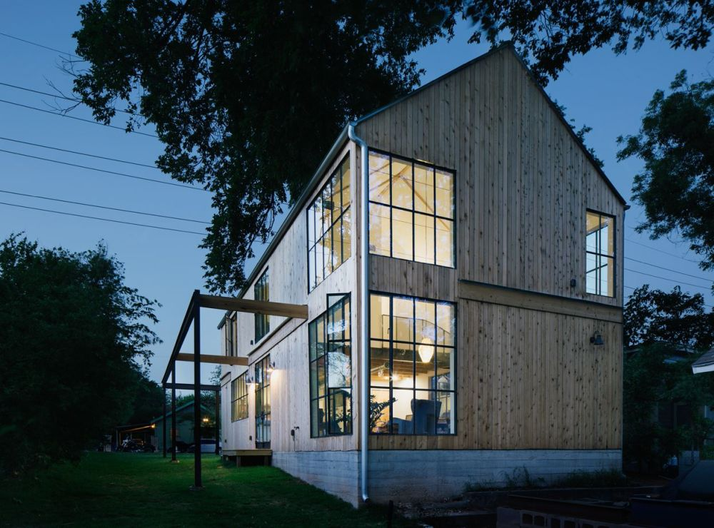 In some ways the house is similar to a barn, with a few big and obvious differences