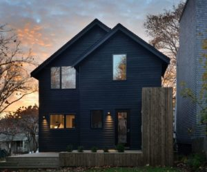 Houses With Black Cladding That Are in Harmony With their Surroundings