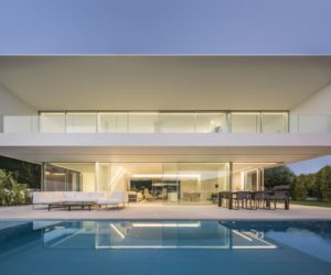 Contemporary House With A Minimalistic, White Aesthetic