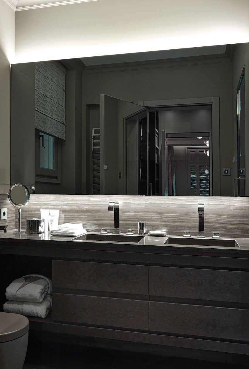 A double vanity is the best choice for a master bathroom.