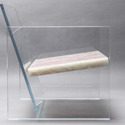 Onyx fragile glass armchair