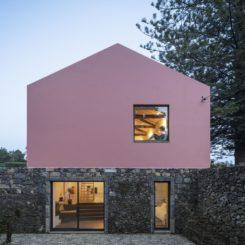 Pink house color Mezzo Atelier