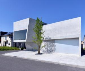 Street fuse-atelier's house in tsutsumino