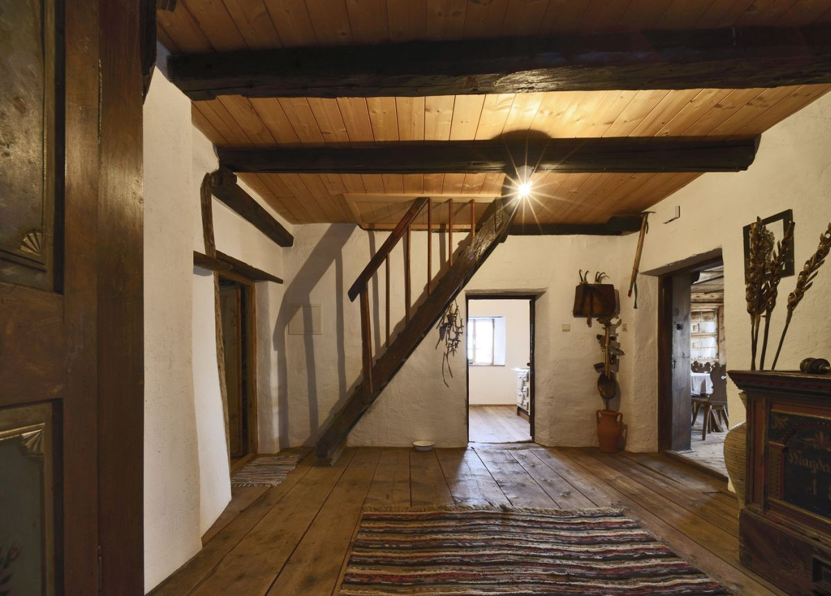 By preserving the house in its original form the architects saved a piece of history