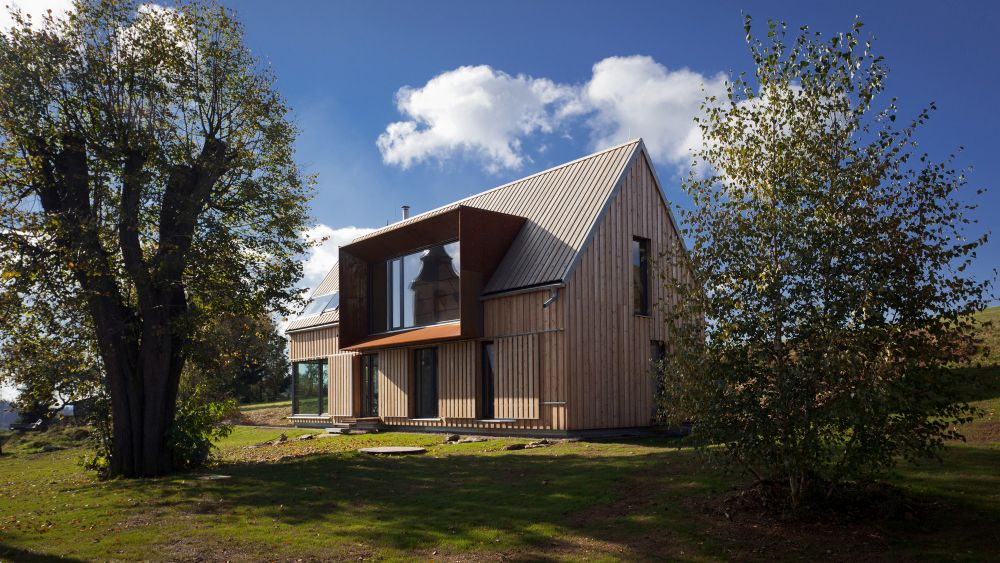 Cool Minimalist Homes Made From Wood That Sync With Nature