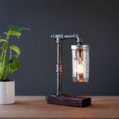 Beautiful industrial lamp from pips and mason jars - edison bulb