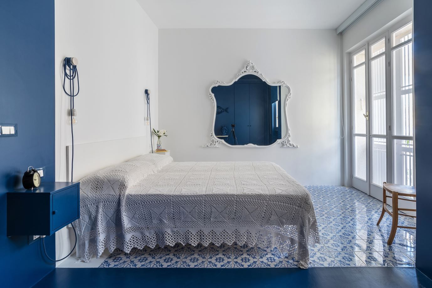 Try A Minimalist Bedroom Design For Less Stress And A Good Night S Sleep