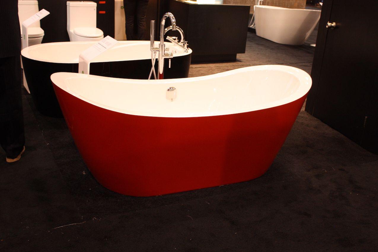 A big jolt of color, even on the bathtub, makes a big impact.
