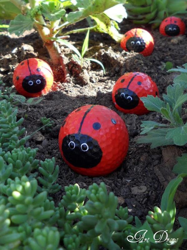 Decorate With Old Golf Balls DIY garden ideas