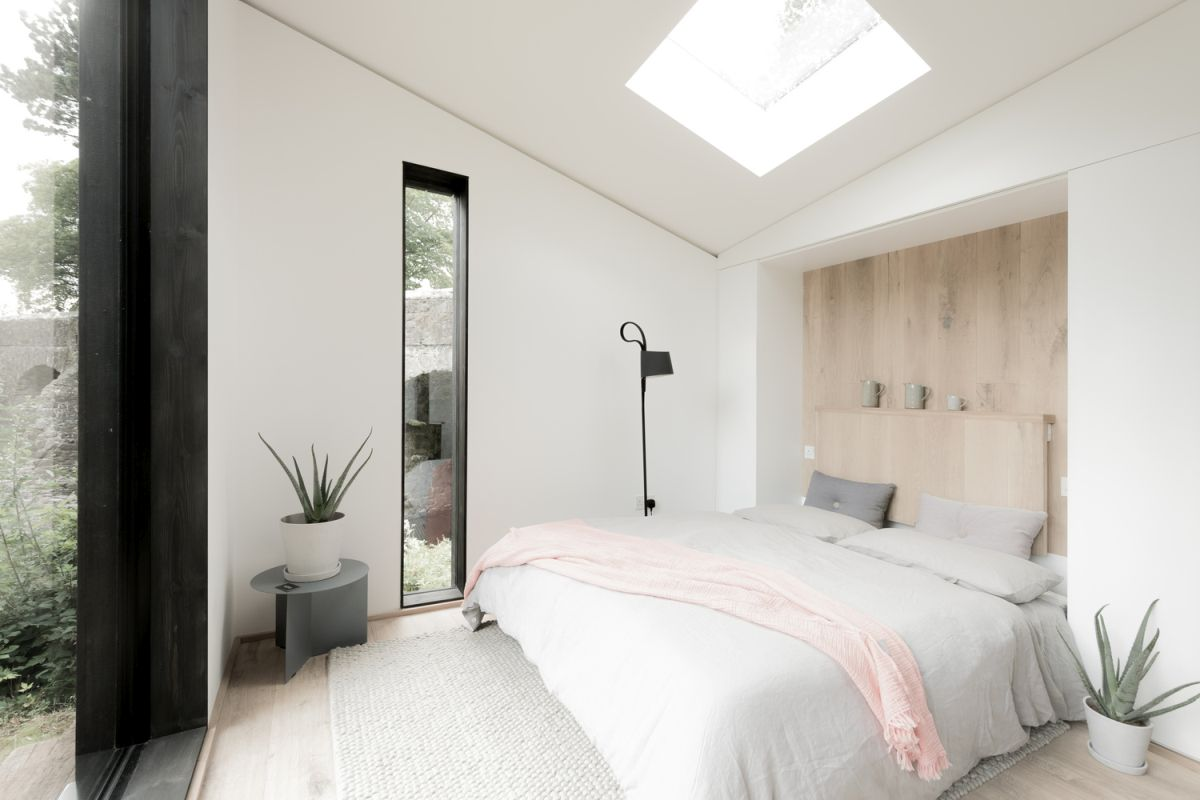 On the inside, the decor is surprisingly bright and airy considering the small footprint of the cabin