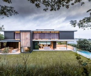 Exclusive Residence Perfectly Adapted To Its Magnificent Surroundings