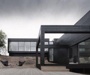 Modern prefab Ridge Road Residence by StudioFour