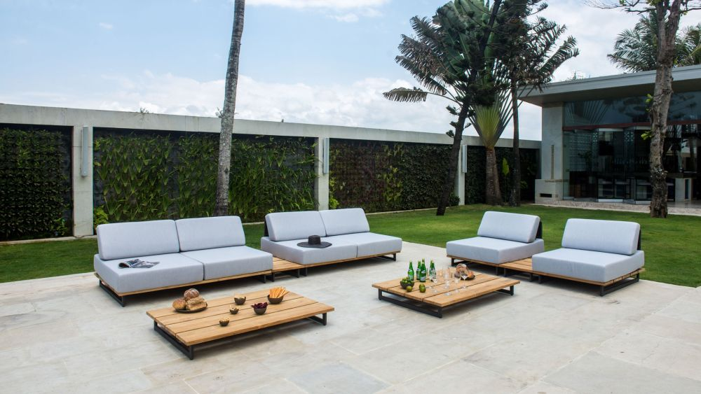 Outdoor Furniture To Make Your Deck Or