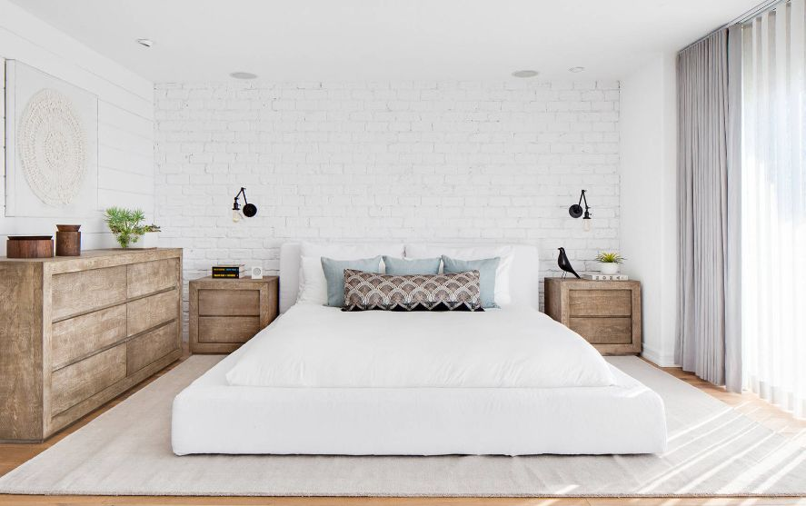 How To Use A White Brick Wall To Make Your Home More Inviting