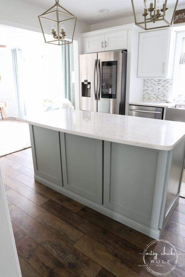 Changing the ambiance with a kitchen island makeover