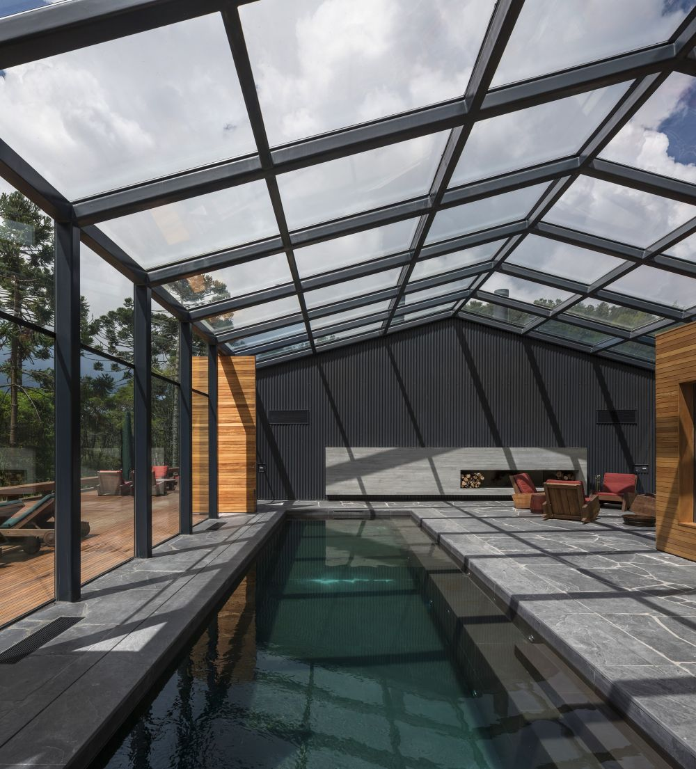 10 Amazing Structures With Indoor Swimming Pools