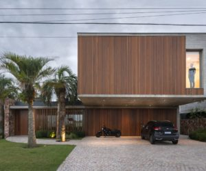 Dream Villa in Brazil With A Tropical Yet Very Simple Design