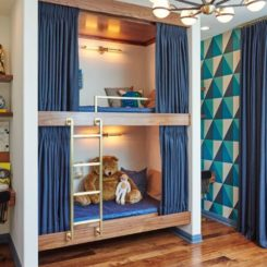 Cute bunk beds and desk area