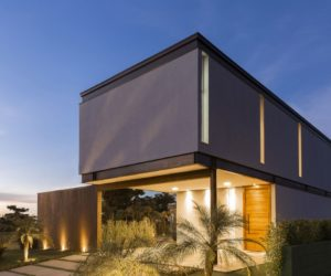 The BT House – A Blend Of Modern And Industrial Within A Steel Frame