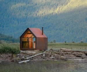 Tiny Corten Steel Cabin Gets More Beautiful With Each Passing Day