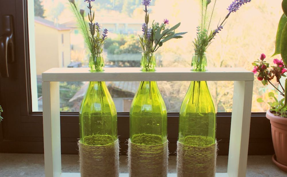 Yarn-wrapped vase centerpiece
