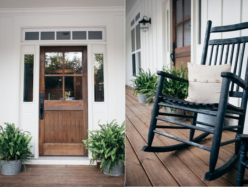 Farmhouse Front Door Decors That Turn Houses Into Homes